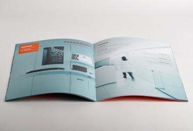 PHA-brochureAperta.jpg